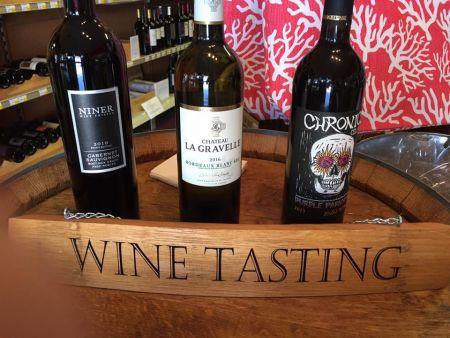 Chip's Wine, Beer & Cigars, Friday Wine Tastings
