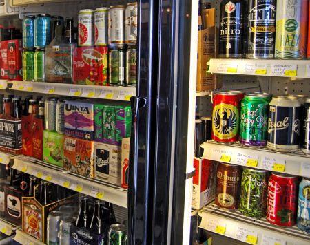 Chip's Wine, Beer & Cigars, 600+ Beers