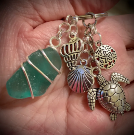 Absolutely Outer Banks, Sea Turtle and Sea Glass Keychain