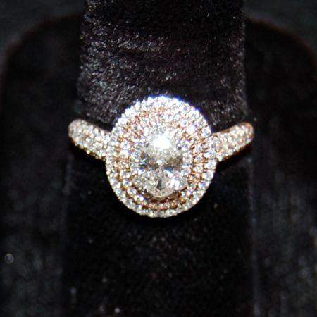 Muzzie's Fine Jewelry & Gifts, Stunning Diamond Ring