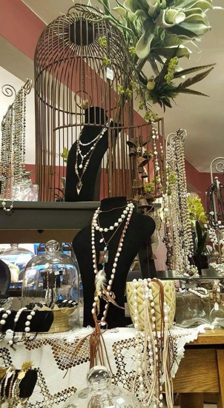 Lady Victorian, Pearls, pearls & more pearls!