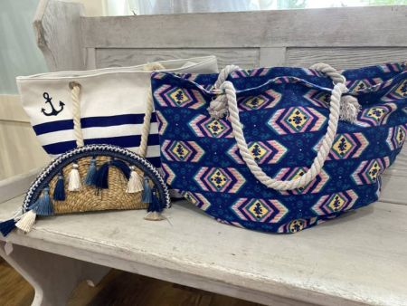 Bloom Boutique, Handbags, Backpacks & Beach Bags