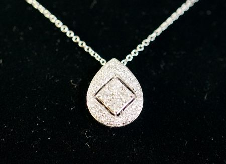 Muzzie's Fine Jewelry & Gifts, Necklace