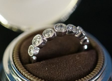Muzzie's Fine Jewelry & Gifts, Diamond Band