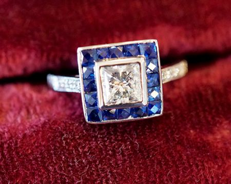Muzzie's Fine Jewelry & Gifts, Sapphire Ring