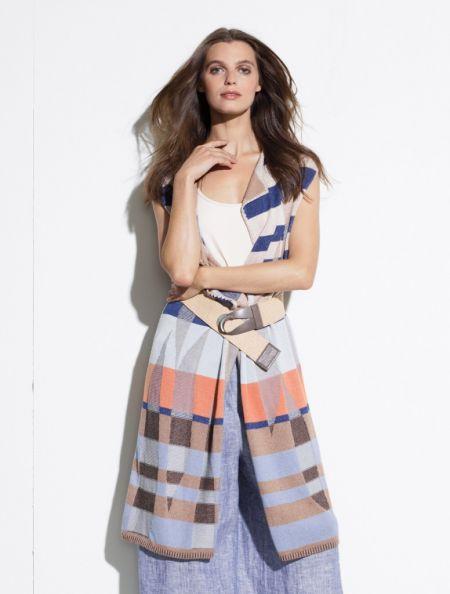Lady Victorian Duck NC Fashion, Vest of the Season!