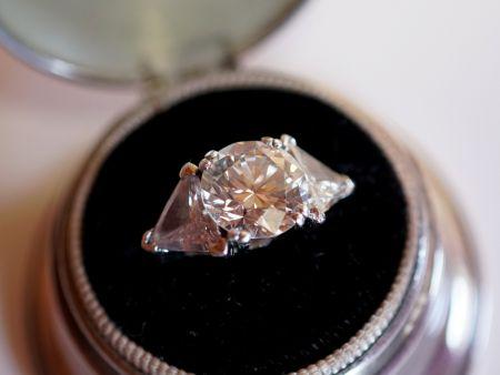 Muzzie's Fine Jewelry & Gifts, Platinum Diamond Ring
