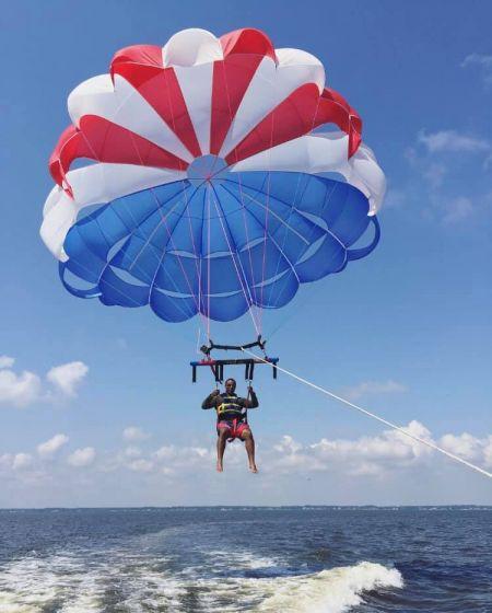 Corolla & Duck Parasail, Single Sail Parasail Lift