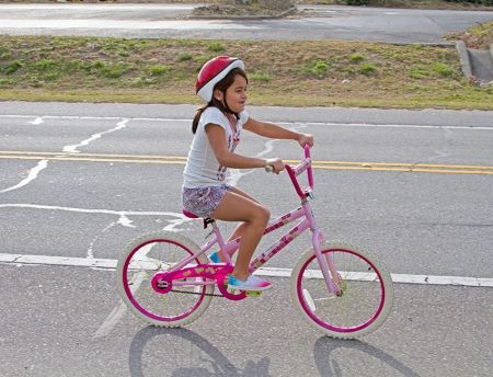 Moneysworth Beach Equipment and Linen Rentals, Child Female Bike