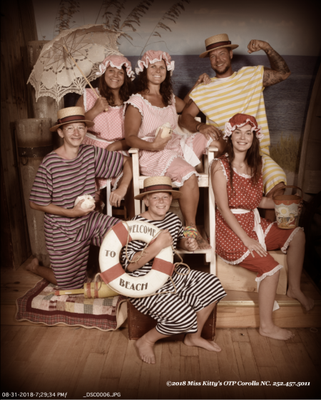 Miss Kitty's Old Time Photos and Gifts, Family Portraits: Wild West, Roaring 20s, Pirates and more!