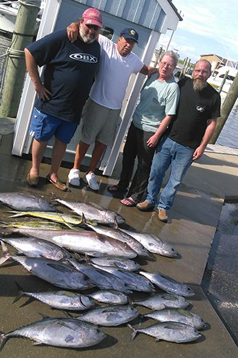 Good showing of tuna today september 30 2015 tuna for Fishing conditions today