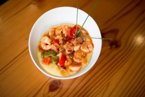 Shrimp Amp Grits Very Spicy Basnight S Lone Cedar Outer